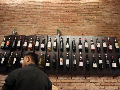 ワインの壁