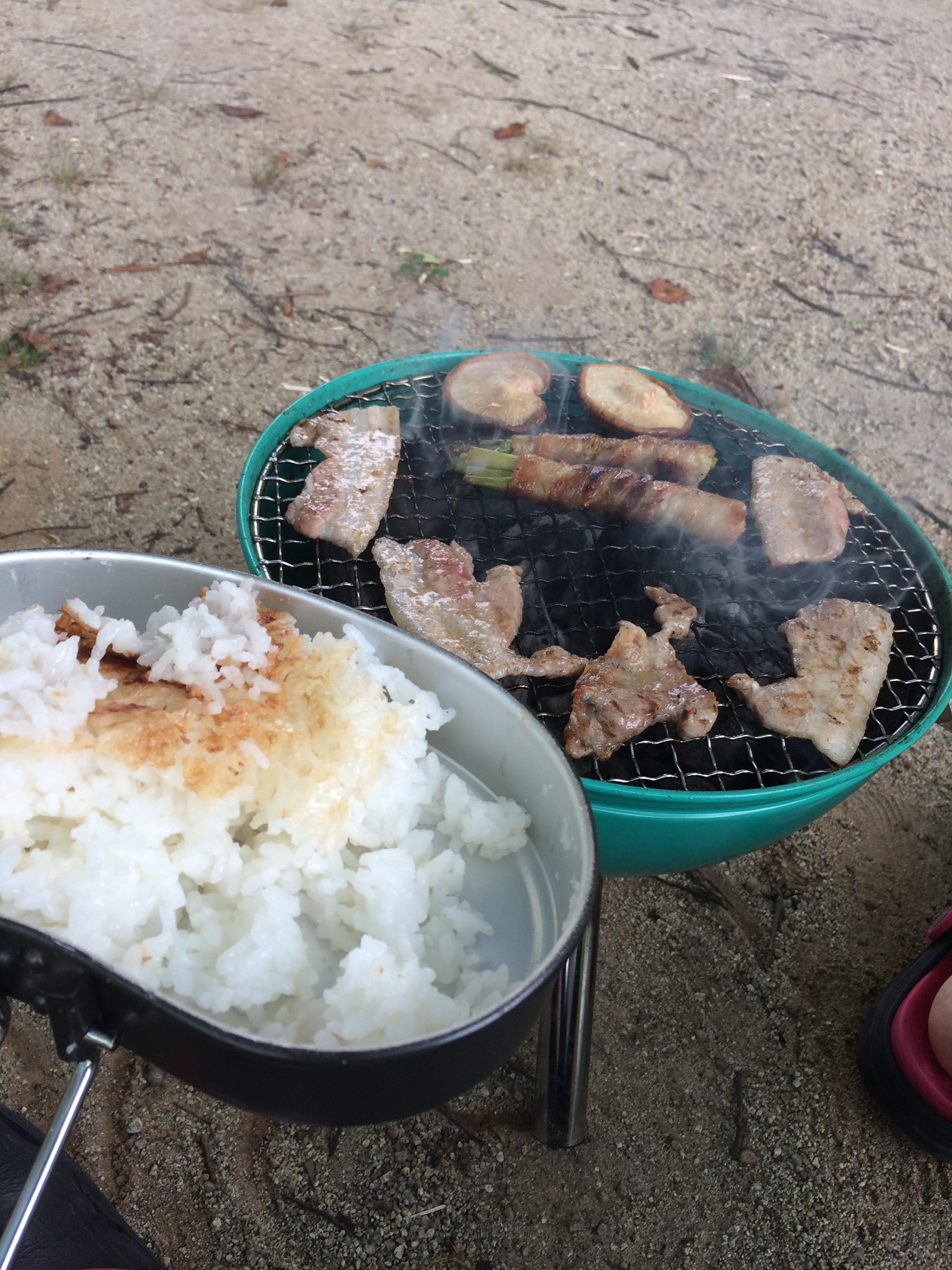 小塩ホタルの里広場キャンプ場 ご飯と肉