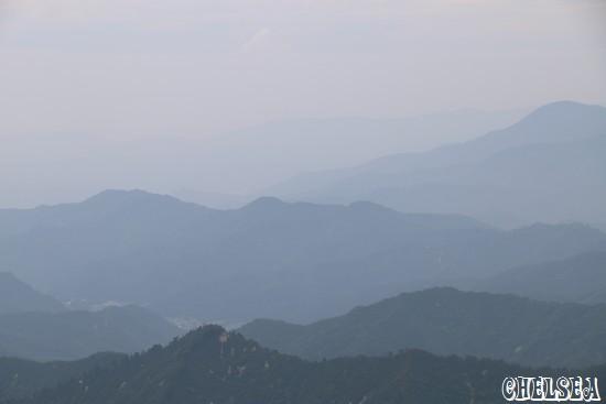 枝折峠から見る湯之谷温泉街