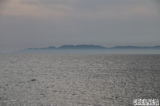 笹川流れから見た粟島