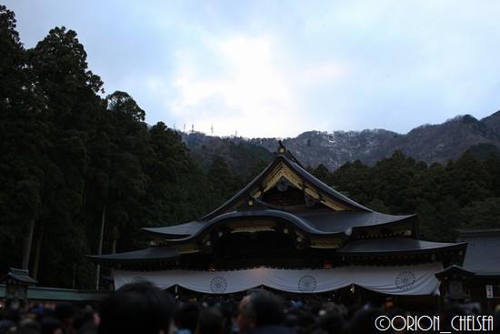 彌彦神社拝殿