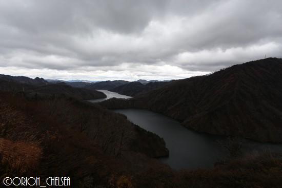 秋枯れの田子倉ダム
