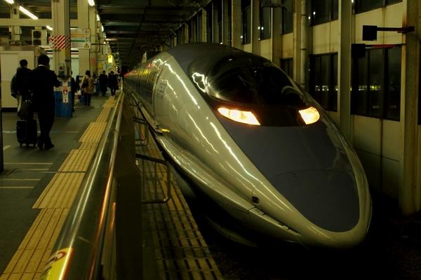 広島駅にて