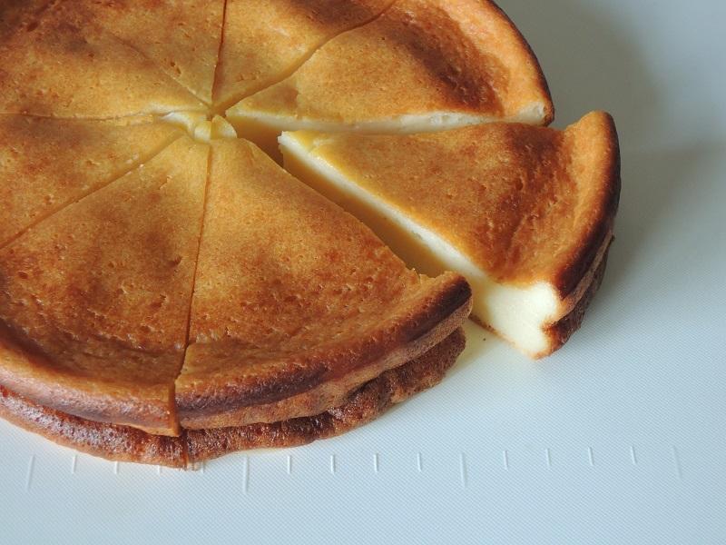 見た目はチーズケーキですね