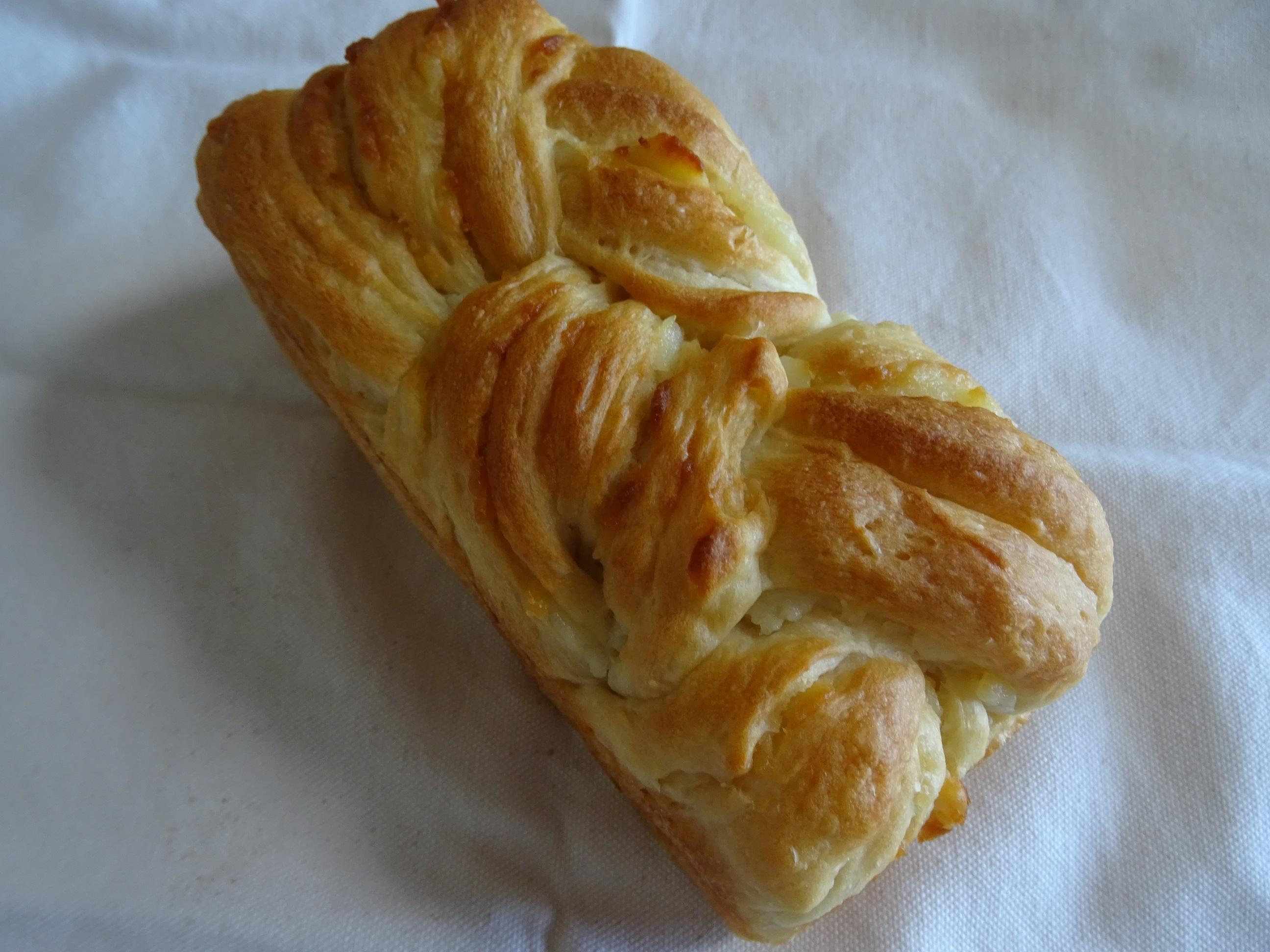 ミルクの折込パン