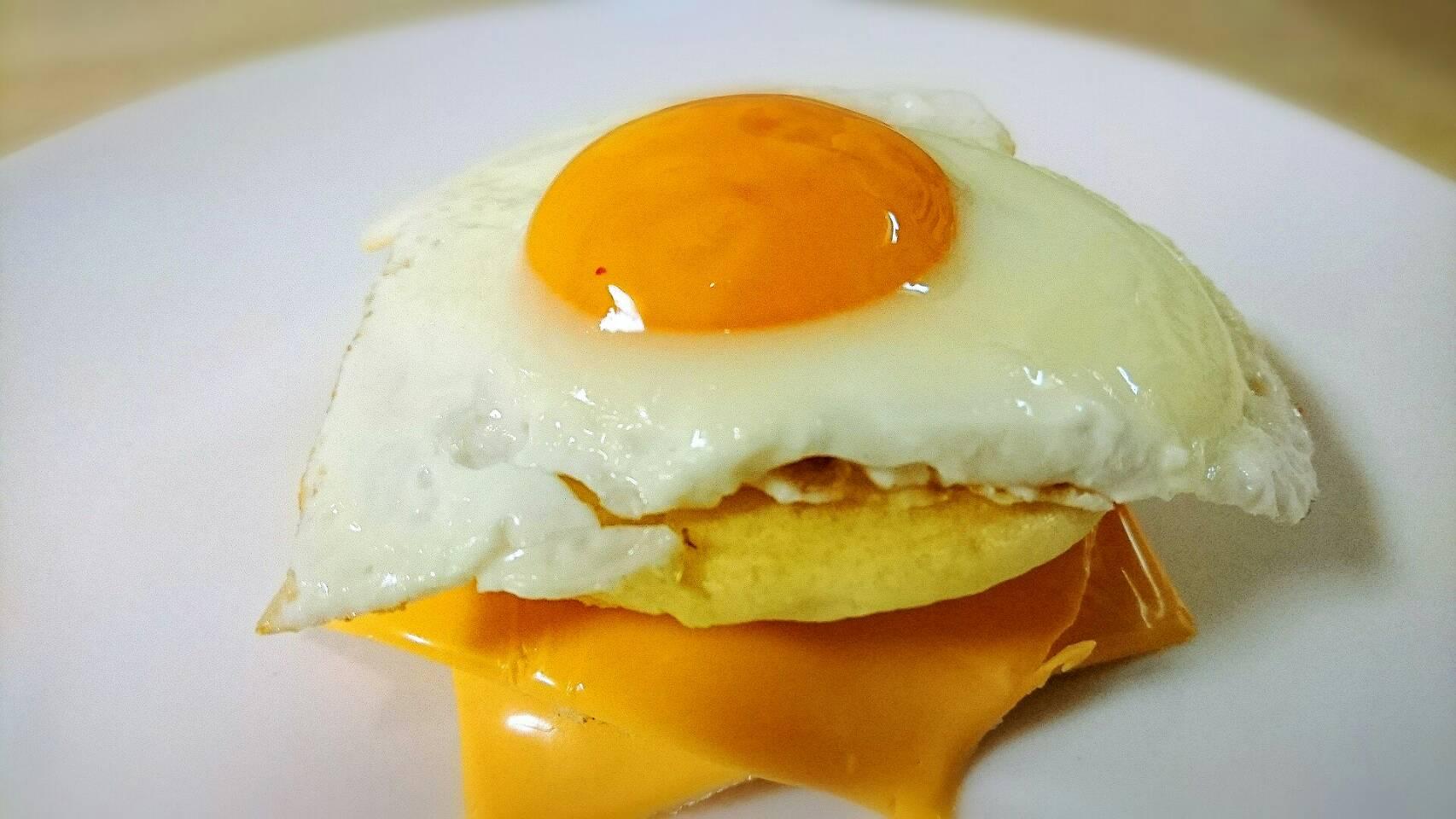 市販のホットケーキミックスでチーズエッグパンケーキを作る