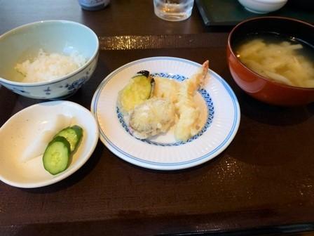 帝釈峡二泊目夕食 (25)