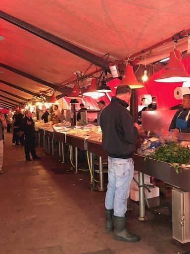 キオッジア魚市場