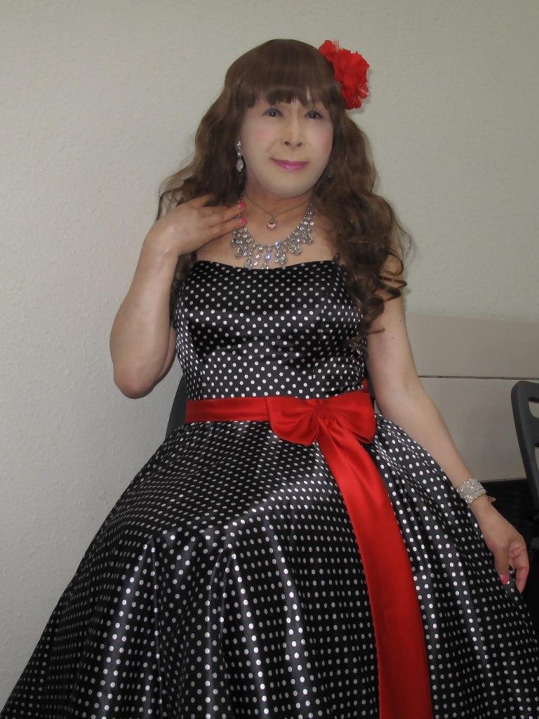 ドット柄のドレス控室(6)