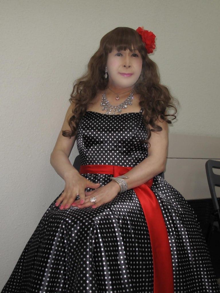 ドット柄のドレス控室(7)