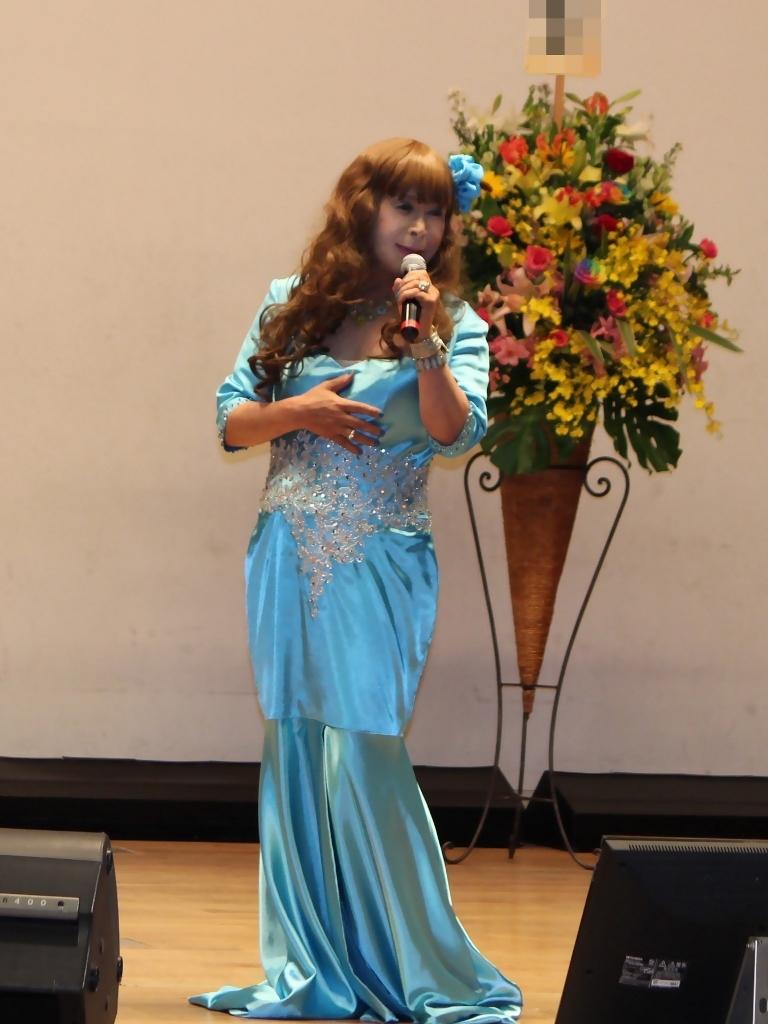 水色のドレス舞台(2)
