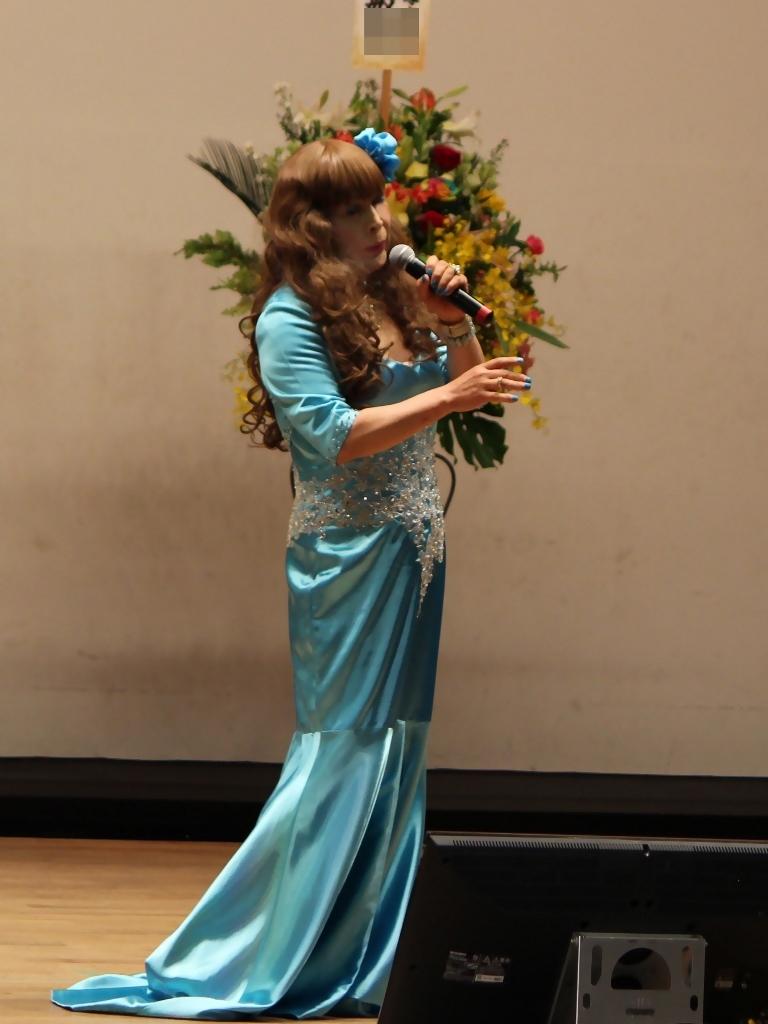 水色のドレス舞台(3)