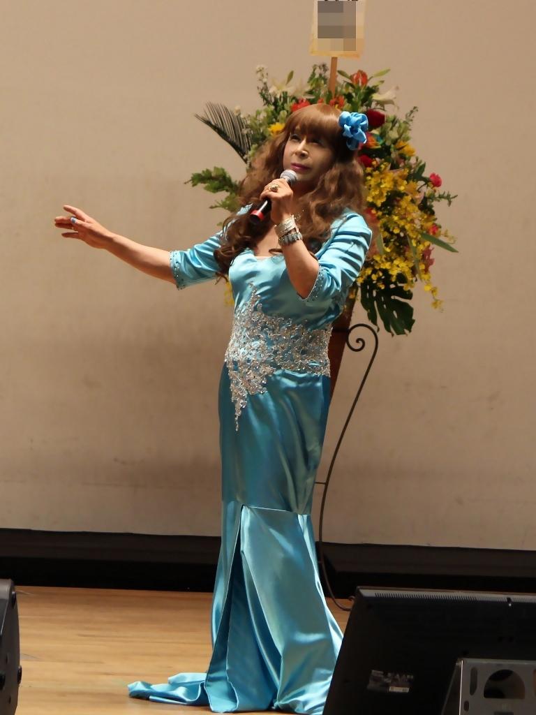 水色のドレス舞台(4)