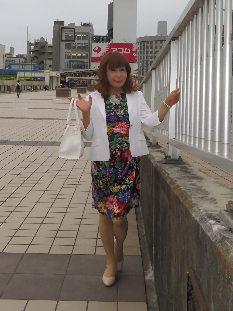 シルク花柄ワンピ白ジャケットD(3)