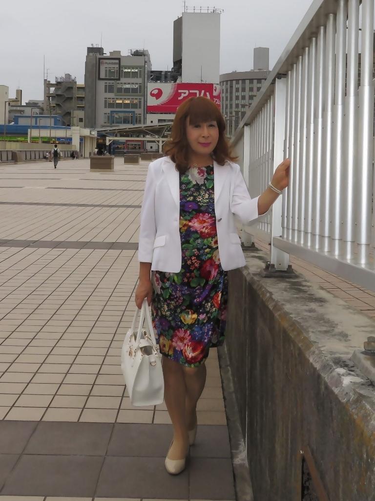 シルク花柄ワンピ白ジャケットD(4)