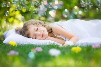 sleeping_little_girl.jpg