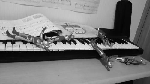 ウルトラマン&ピアノ2