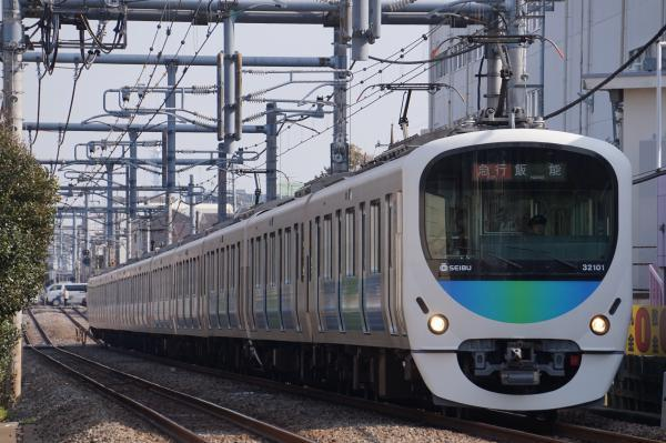 2018-03-13 西武32101F_38103F 急行飯能行き