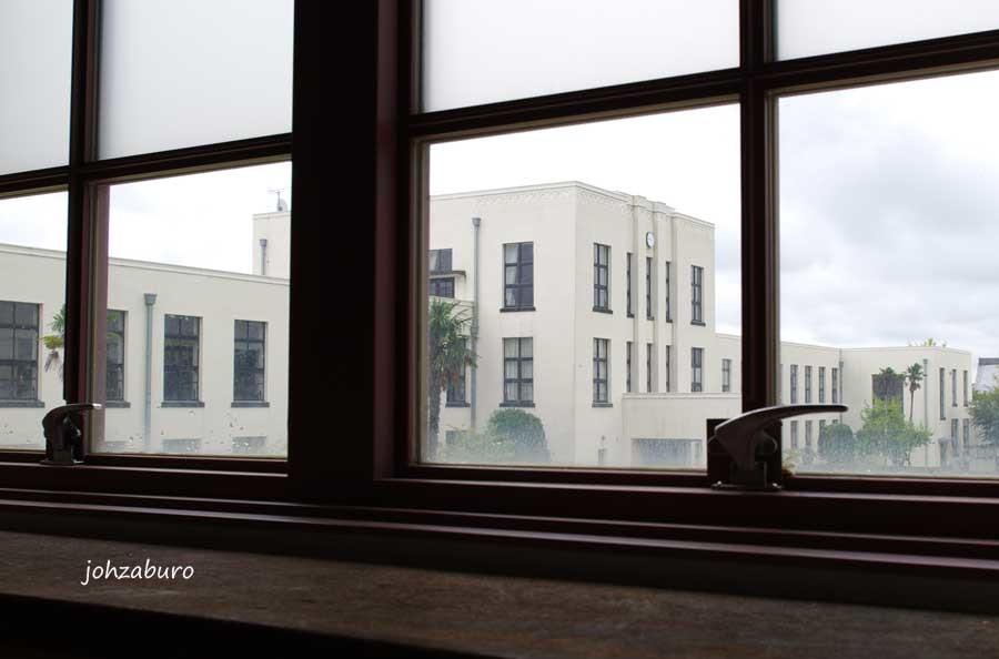 白亜の校舎