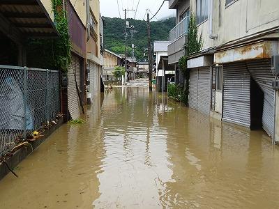 水没した商店街