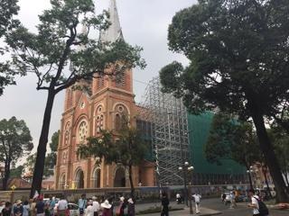 修繕中のサイゴン大教会