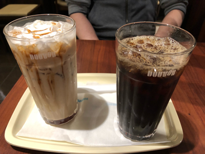食後のドトール(黒糖ラテ・アイスコーヒー)