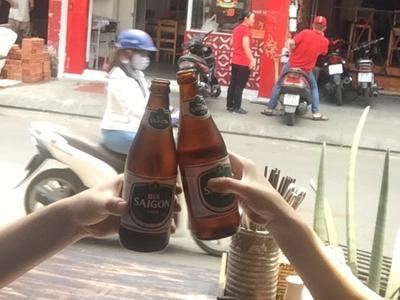 サイゴンビールで朝乾杯♪