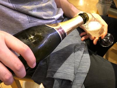 スパークリングワイン(グラン・レアル)投入