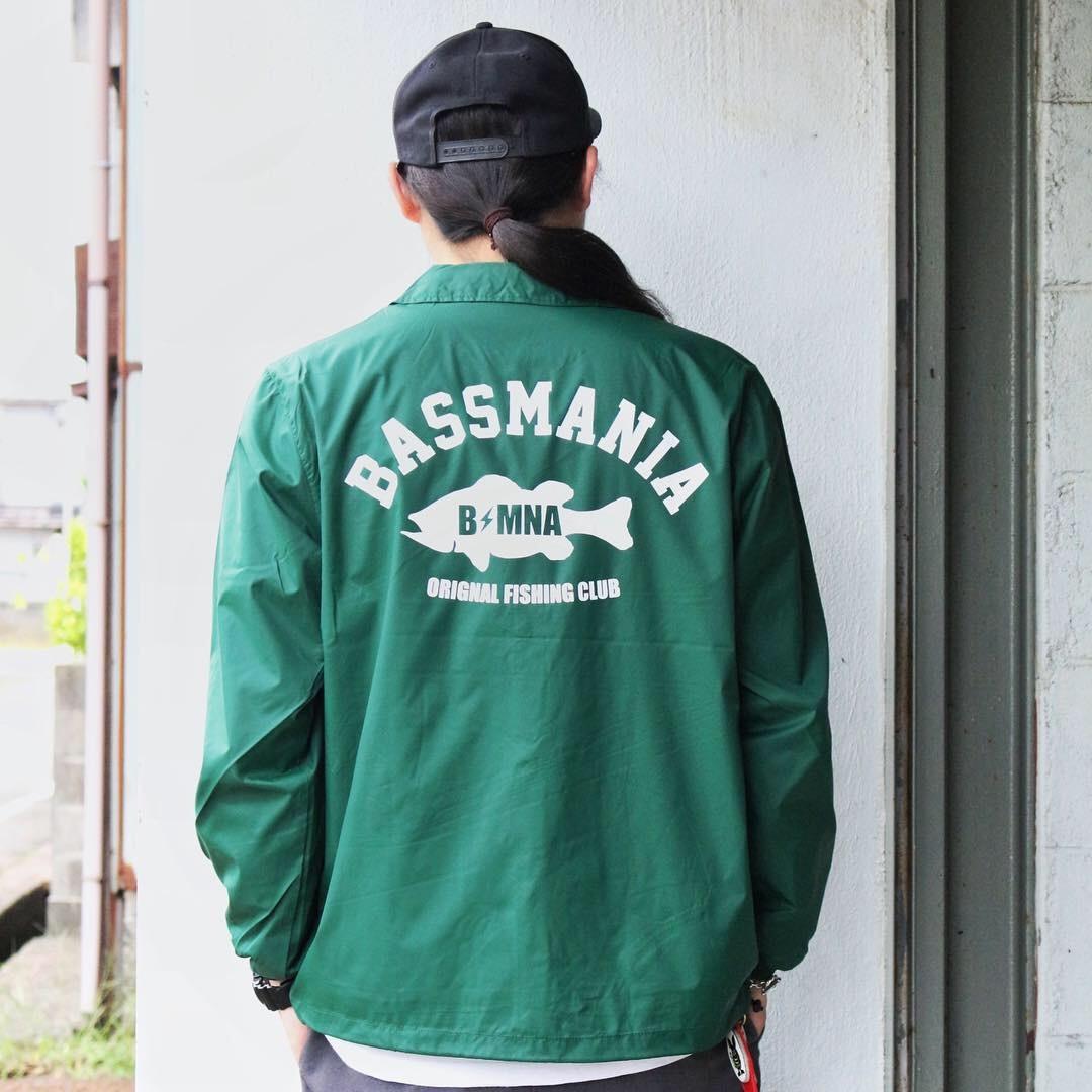bassmania arch logo coach jacket15