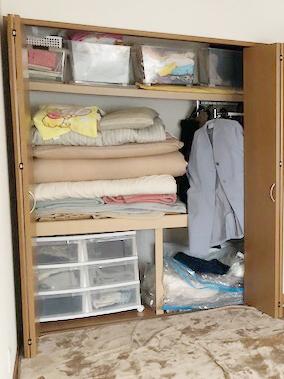 枕棚をすっきり (2)