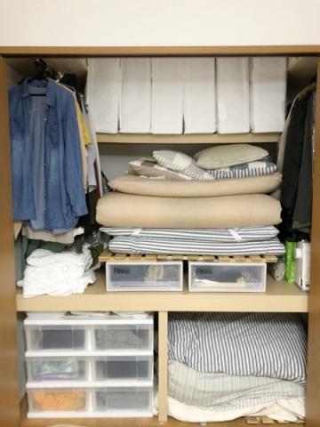 枕棚をすっきり (3)