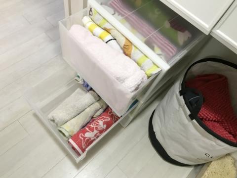 洗面所にパジャマと下着を収納する場合 (8)