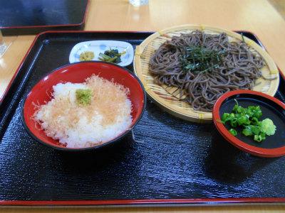 5.5ミニワサビ丼と蕎麦