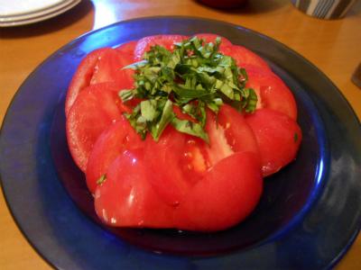 6.7トマトにバジル