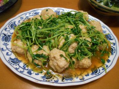8.25鳥団子と豆苗のコチジャンソース炒め