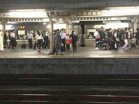 京都駅在来線ホーム_H30.06.14撮影