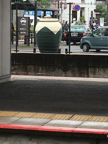 JR宇治駅ホームから茶壷型ポスト_H30.06.14撮影