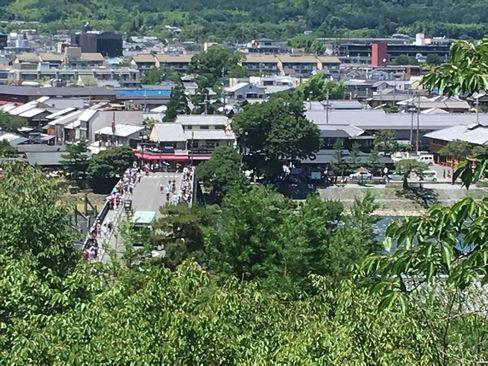 法輪寺の舞台から見た渡月橋_H30.06.16撮影