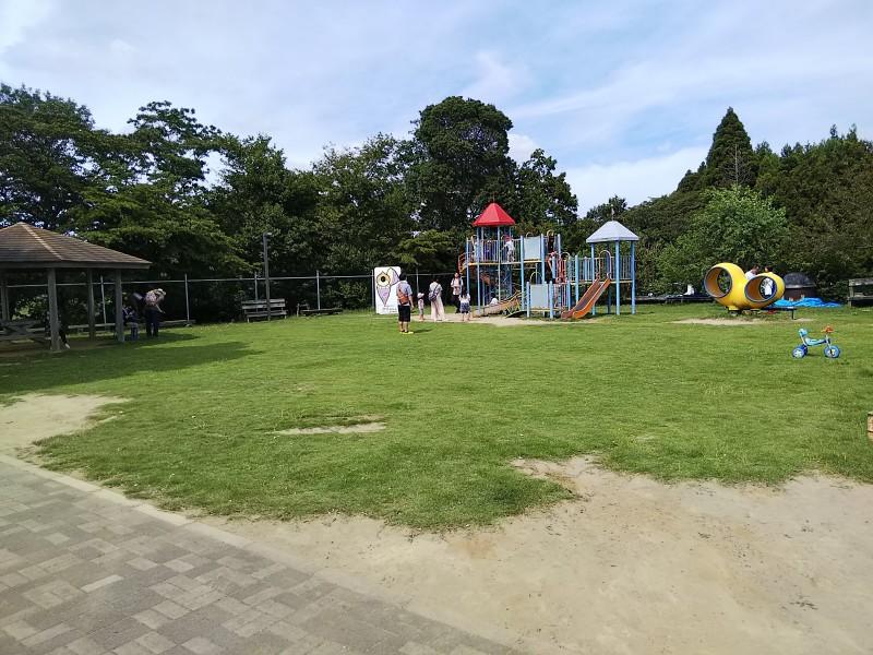 くりもと紅小町の郷遊具2018