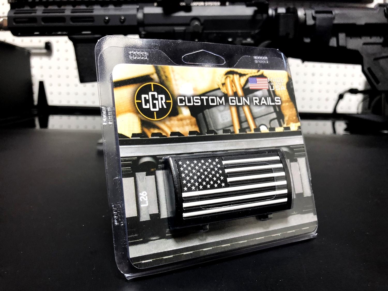 4 実物 CUSTOM GUN RAILS RAIL COVER !! PVC AMERICAN FLAG !! CUSTOM AR 15 次世代 M4 CQB-R NOVESKE N4 レイルカバー 購入 開封 取付 レビュー