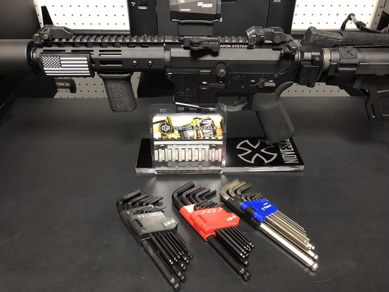 11 実物 CUSTOM GUN RAILS RAIL COVER !! PVC AMERICAN FLAG !! CUSTOM AR 15 次世代 M4 CQB-R NOVESKE N4 レイルカバー 購入 開封 取付 レビュー