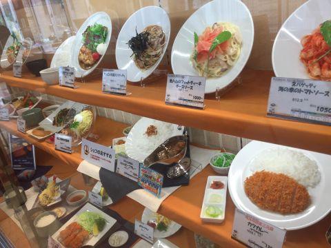 「国際化すべき!」 日本のレストランのありふれた光景が話題に 海外の反応