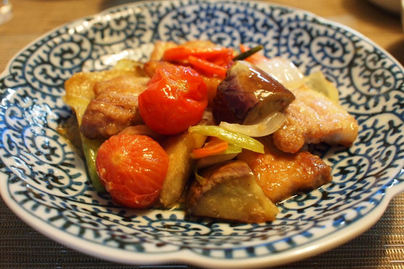 豚肉と野菜の黒酢炒め!