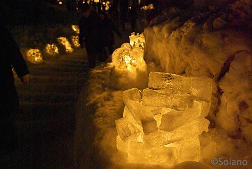 小樽雪あかりの路、雪で作ったスノーキャンドル