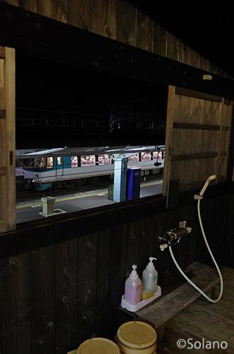 白浜駅前、列車が眺められる露天風呂付き客室の宿