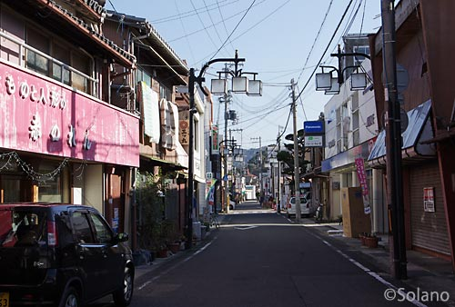 紀勢本線・湯浅駅周辺、昭和の面影残す商店街