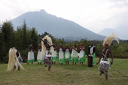 ロッジのルワンダの伝統的ダンス