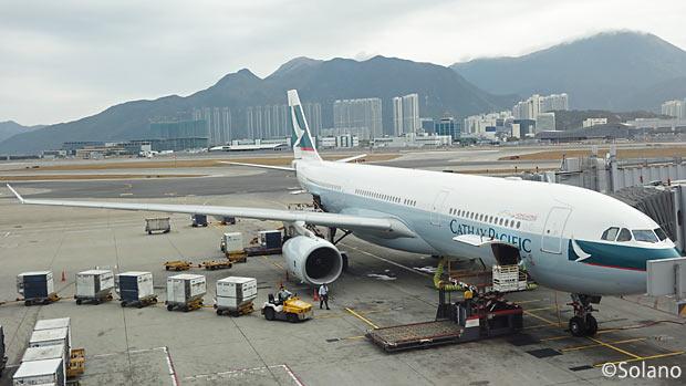 名古屋行きキャセイパシフィック航空、A330-300