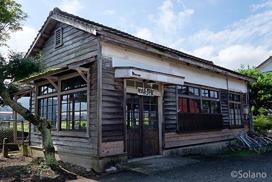 JR九州・筑肥線、修復された肥前長野駅の木造駅舎