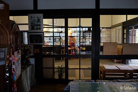 佐世保線・三間坂駅、駅舎内の交流スペース